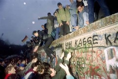 Free Download Modern Wallpaper Divisions Rife As #Germany Marks 30 Years Since Berlin Wall Fell #wallpaper #modernwallpaper #freedownload #downloadmodernwallpaper #freeforyou #bestwallpaper #hdwallpaper (kar.angdadap) Tags: wallpaper modern free hd download