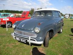 1961 Lloyd Alexander (occama) Tags: 910xvc 1961 lloyd alexander old car national microcar rally 2019 irish german grey small