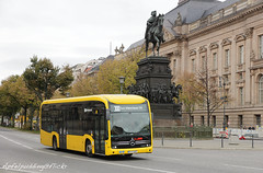 Bunte Buswelt - Berlin (apfelpudding) Tags: bus autobus omnibus linienbus öpnv nahverkehr publictransport urbanmobility berlin vbb ecitaro mercedesbenz mercedesbenzecitaro elektrobus bvg berlinerverkehrsbetriebe