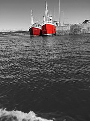 (tom.coughlan1) Tags: ireland sea summer blackandwhite beach nature photography boat cork baltimore highlights vibes westcork applephotography wildatlanticway pier fishing trawlers fishingboat