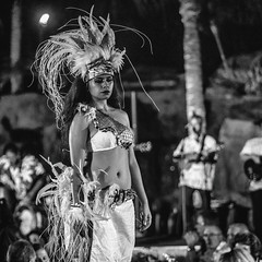 The Sights and Sounds of Makena Nights (Thomas Hawk) Tags: america finnestate hawaii hula makena maui turtlepointestate usa unitedstates unitedstatesofamerica wailea waileaelua bw kihei fav10
