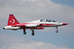 4021 No1 F-5B Turkish Stars (JaffaPix +5 million views-thanks...) Tags: displayteam display nf5 f5 f5a turkishaf tuaf nf5a turkishairforce planespotter planespotting turkaf airport airshow plane aviation aircraft airplane aeroplane jaffapixcom davejefferys jaffapix teknofest2019 istanbulataturk isl ltba turkishstars f5b ataturk nf5b 4021 no1