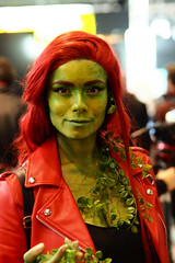 OI000203 (Seb94220) Tags: comiccon poisonivy pariscomiccon 75mm18 75mm olympus olympus75mm18 olympuspenf penf