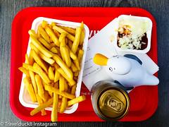 Travelduck_Friet (Lothar Heller) Tags: ente frietspeciaal lotharheller pommes badeene duck enteaufreisen holland netherland niederlande rubberduck schwimmente travelduck