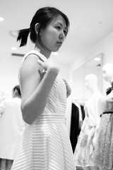 shopping (Plan R) Tags: shopping girl woman dress store monochrome blackandwhite leica m 240 summilux 35mm