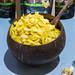Pook Thai Kokosnuss Chips mit Mango und Meersalz Geschmack zum Probieren auf der Veggieworld in Köln