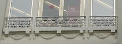 Dax , Landes: Thème du mois de novembre : Détails architecturaux (Marie-Hélène Cingal) Tags: aquitaine landes galerieslafayette france sudouest southwest dax acqs dacs akize artnouveau