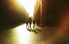 (Victoria Yarlikova) Tags: smallformat 35mm torino zenit122 film analog epsonperfectionv700 scan scanfromnegative retro vintage pellicola плёнка darkroom filmphotography oldschoolcamera zenitcamera street streetphotography lacittàmetropolitanaditorinovistadavoi