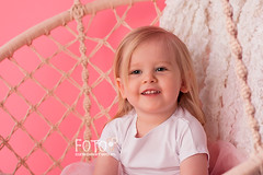 Little girl's portrait (aniadudek) Tags: child girl toddler
