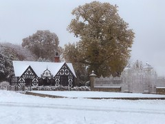 Photo of Snow at the Pretty Gates, Chirk Castle