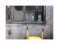 About art (hélène chantemerle) Tags: extérieur cour muséebourdelle fenêtre graffiti outdoor yard window