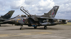 ZA600. Royal Air Force Panavia Tornado GR.1 (Ayronautica) Tags: za600 panaviatornadogr1 royalairforce raf 1993 july egov rafvalley airshow military scanned aviation ayronautica