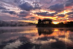Dawn on Lake Windermere (Nige H (Thanks for 25m views)) Tags: nature landscape lake lakewindermere cumbria england sunrise dawn sky cloud reflection mist