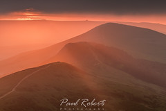 Red Mist of Mam Tor (Paul Roberts Photography) Tags: 2017 derbyshire mamtor paul