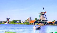 Zaanse Schans (Timmie10) Tags: netherland nederland zaanse schans windmill windmolen water