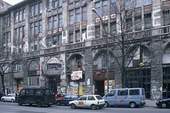 (barbieri simone) Tags: simonebarbieri 35mm film analogic filmisnotdead filmphotography shootfilm berlin tacheles street archive 2001