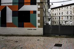 ... Loiola Apain ... (Lanpernas .) Tags: city urban street streetart loiola barrio loiolaapain intervención sansebastián donostiaoculta 2019 mosaico javierderiba ·stephenwebb igeltekikalea