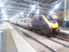 CrossCountry 220, Edinburgh Waverley. November 2019 (dave_attrill) Tags: crosscountry voyager class220 demu diesel express passenger train highspeed waverley station railway edinburgh scotland november 2019 evening