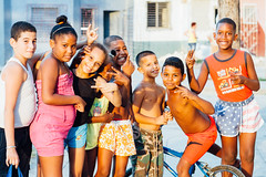 Cuban Kids in Golden Light, Cienfuegos Cuba (AdamCohn) Tags: adam cohn cienfuegos cuba children kids streetphotographer streetphotography teens wwwadamcohncom adamcohn