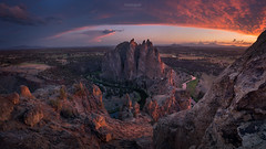 'The Dragons Back' - Smith Rock, Oregon (Gavin Hardcastle - Fototripper) Tags: smith rock oregon misery ridge sunset
