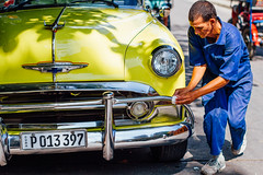 Man Waxing Chevy Bel Air, Cienfuegos Cuba (AdamCohn) Tags: adam cohn chevrolet bel air chevy classic car belair cienfuegos cuba clean polish streetphotographer streetphotography washing waxing wwwadamcohncom adamcohn chevroletbelair chevybelair classiccar