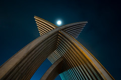 Moonshine Arch (Cadicxv8) Tags: architects architecture arch moon night nightphotography longexposure