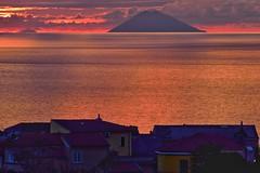 Sunset Stromboli dalla Calabria Italy (Arcieri Saverio) Tags: calabria isoleeolie stromboli iddu vulcani volcan isle paesaggio landscapes tramonto sunset rosso mare mer sun sky arcierisaverio natua manual nikonitalia d5300