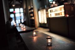 Kaffe 1668, Tribeca, New York City, USA (Plan R) Tags: cafe 1668 candle bokeh leica m 240 summilux 35mm