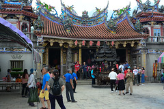 Bantianyan Ziyun Temple (Bob Hawley) Tags: asia taiwan chiayicounty fanlutownship bantianyanziyuntemple buddhism taoism religion people ceremonies nikond7100 nikon28105mmf3545afd worshipping