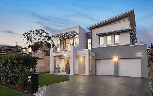 7 Riversdale Av, Connells Point NSW 2221