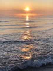 Iph8101 (gzammarchi) Tags: italia paesaggio natura mare ravenna lidodidante alba sole riflesso onda
