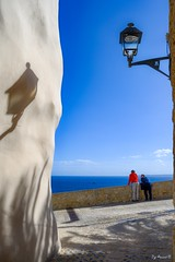 Dalt Vila Ibiza (Pyc Assaut) Tags: dalt vila ibiza daltvila espagne spain îledibiza île island ciudaddeibiza villehautedibiza pyc5pycphotography pycassaut pierreyvescugni pierreyvescugniphotography nikon nikonz7 z7 mur wall lampadaire ombres shadow ciel sky street ruelle rue ville vielleville extérieur