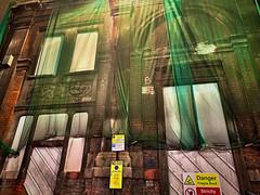Smithfield Street (sixthland) Tags: arch derelict iphonexs netting cameraphone nightphotography neuralcam green net