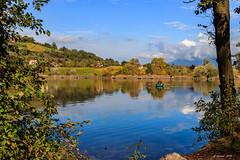 Je rame !!!...  😉 (Savoie 11/2019) (gerardcarron) Tags: automne autumn canoneos80d ciel cloud eau lacstandré lake landscape morning nature nuages paysage savoie water