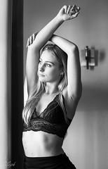 07032018-IMG_1460 (aochlesia13) Tags: monochrome contraste nuances femme glamour boudoir cocooning sensuelle sensual douceur naturelle natural french française woman light window canon eos80d 50mm