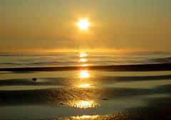 IMG_0048x (gzammarchi) Tags: italia mare alba natura sole paesaggio ravenna riflesso monocrome lidodidante haiku poesia specialexbarbara