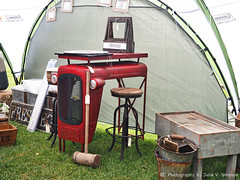 House items-tractor bar area cute (Julie V. Simpson Photographer) Tags: green trees leaves nature shadows naturalworld instadaily instagram instanature naturephotography naturelovers natureza natureperfection newzealand waimatenorth apshow roses horses tractor