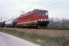 250 077  Kaatschen - Weichau  03.04.90 (w. + h. brutzer) Tags: kaatschenweichau eisenbahn eisenbahnen train trains deutschland germany railway elok eloks lokomotive locomotive zug db dr 155 250 webru analog nikon