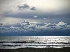 Mare di quasi inverno (Ladistorta) Tags: sky sea beach clouds wind autum cielo spiaggia nuvole vento mare autunno blu waves sand sabbia onde