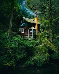 Cozy Sundays (Fabian Fortmann) Tags: czech tschechien klamm autumn cozy sunday cabin blockhaus fall winter dark