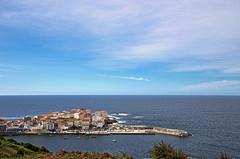 Caión y su puerto, A Laracha (A Coruña) (Miguelanxo57) Tags: pueblo pueblomarinero mar océano atlántico puerto puertopesquero costadamorte caión alaracha acoruña galicia