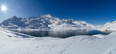 Lago Bianco: I was alone (2/3) (jaeschol) Tags: berninapass europa europe graubuenden grischuna kantongraubünden kontinent schweiz suisse switzerland