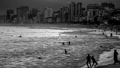 Silhuetas na Praia do Arpoador (JorgeRio) Tags: silhuetas silhouettes silhouetten silhuetter sagome arpoador rio riodejaneiro