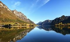 Bellavista (giannipiras555) Tags: lago panorama landscape lake paesaggio natura autunno colline alberi montagne cielo riflessi idro nikon