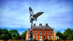 St Giles house (Chris Atkins65) Tags: stgileshouse wimborne dorset statues country houses architecture