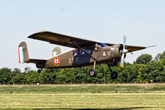 F-GJJM (divertom68) Tags: frankreich france flugzeug kleinflugzeug militär luftwaffe aufklärer transporter krankentransporter fallschirmsprung fotoflugzeug prattwhitney maxholste mh1521 fgjjm broussard