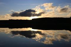 Redmires Sunset (zeity121) Tags: sheffield yorkshire redmires redmiresreservoir peakdistrict peak sunset reflection reflectioninwater clouds