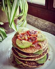 Começar o dia com panquecas   #autumn2018🍁🍂 #december2018 #weekend🎆🎉 #saturday #sunnyday☀️ #goodmorning #breakfast #myrecipe📝 #healthychoices #healthyfood #pancakes #oatmealflour #egg #vegetabledrink #fruit (Isabel Aragão Oliveira) Tags: saturday myrecipe cinnamon egg behappybehealthy oatmealflour fruit weekend healthyfood shoyce goodmorning yum healthychoices top honey fitgirl lactosefree homemade sugarfree pancake pancakes vegetabledrink december2018 autumn2018 breakfast sweetmoments sunnyday
