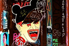 Barcelona - Street (rossendgricasas) Tags: barcelona street streetphotography streetart grafitti photography photographer photoshop