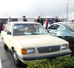 1985 Plymouth Reliant K- car (D70) Tags: 1985 plymouth reliant k car kruiseforkids 2019 redrobin parkinglot guilford surrey britishcolumbia canada vehicles for numerous club depart langley donate new toy lower mainland christmas bureau